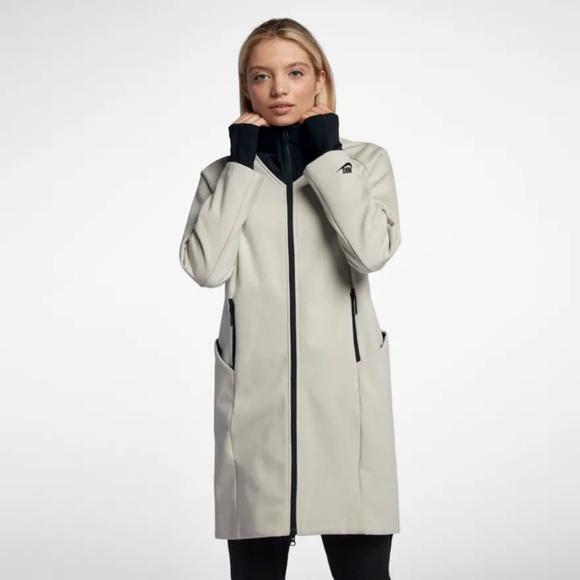 Nike Tech Fleece Pack Repel Beige Jacket NWT